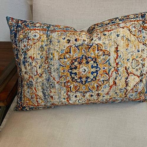 Dama Accent Pillow