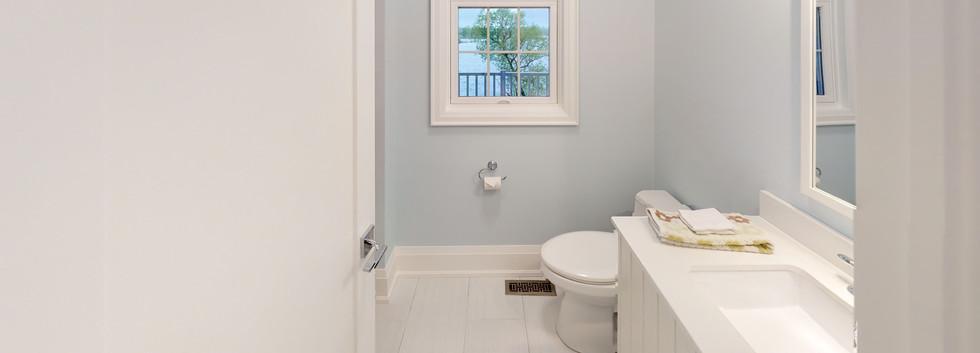 Antebellum-Bathroom(3).jpg