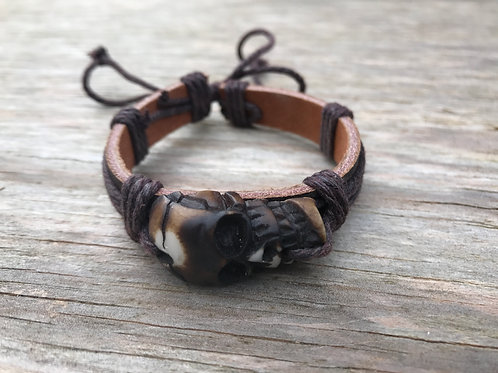 Skull leather bracelet