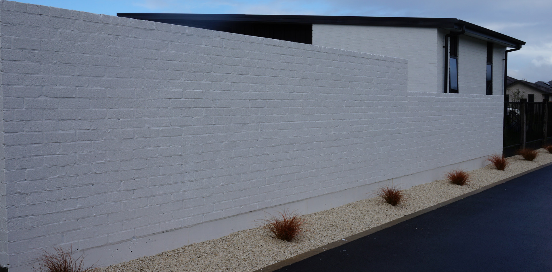 Rumbled single brick