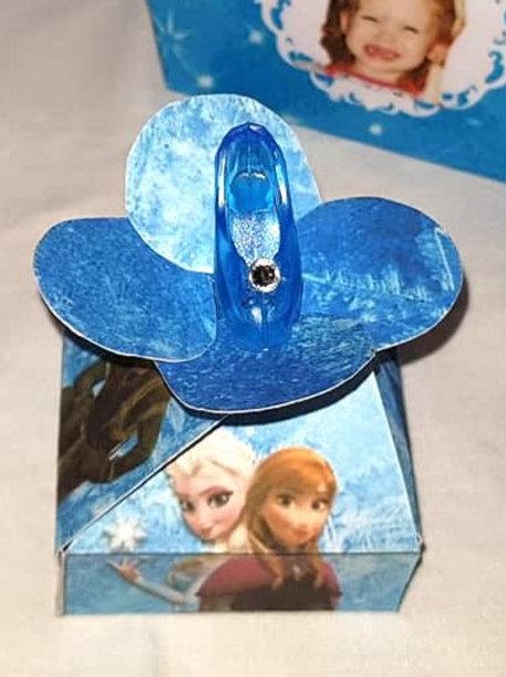 Disney Frozen Twist Sweet box + miniture slipper