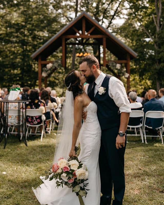 It's #Weddingwednesday and we're swoonin