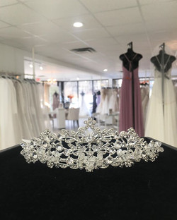 It's time to sparkle! Free Wedding Dress