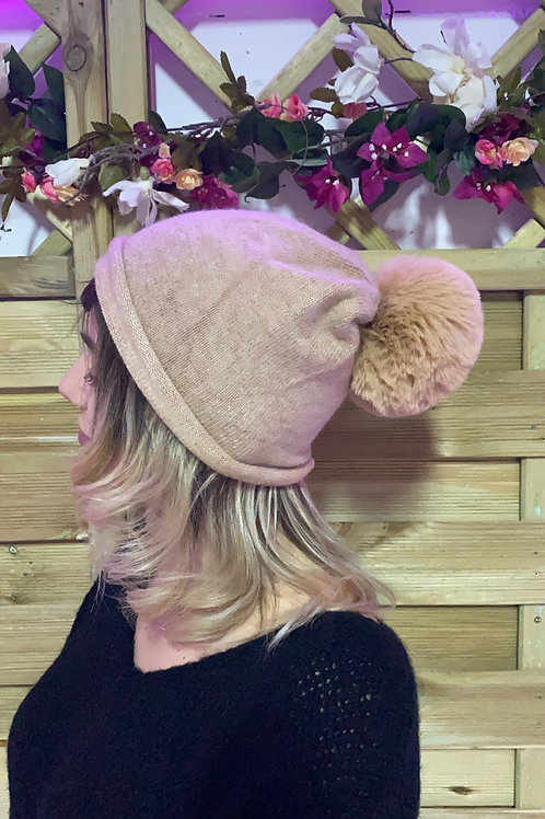 Bonnet pompon