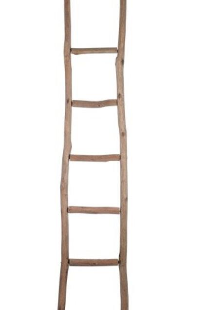 Escadote, em madeira