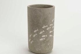 Jarra de cimento com peixinhos