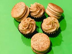 Tiramisu Macaron and Cupcakes