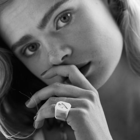anillo rayo plata