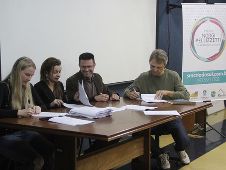 Prêmio Nodgi Pellizzetti 2019 realiza assinatura de contratos de projetos contemplados