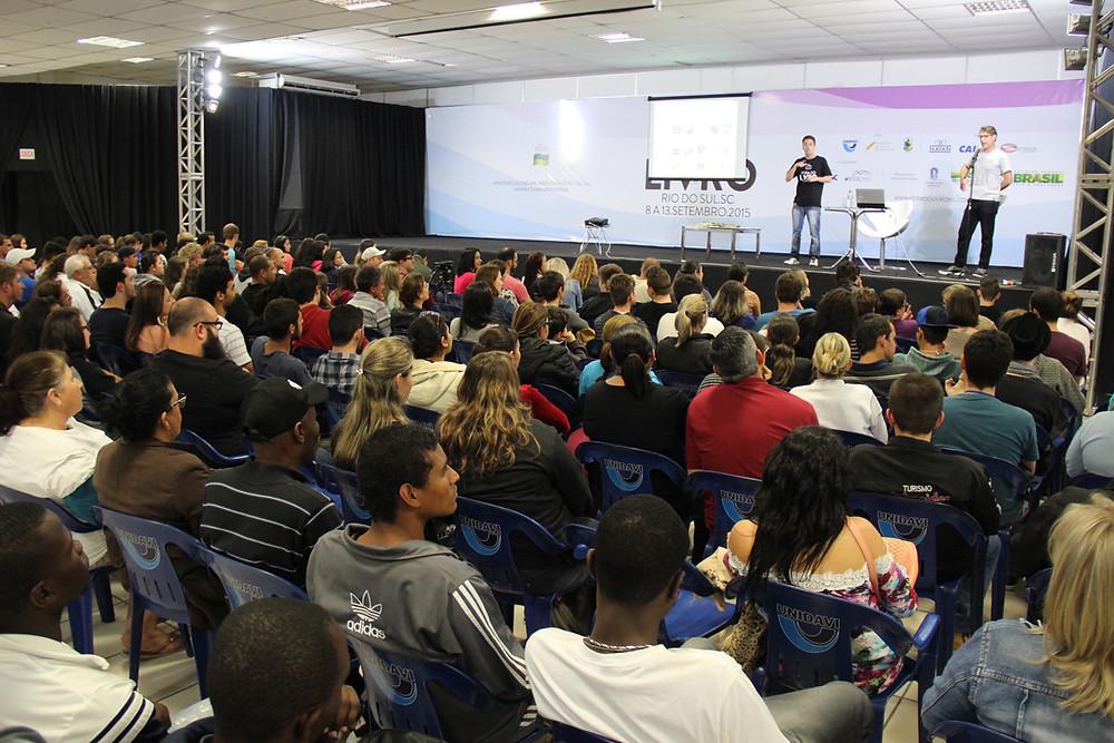 Programação variada da Feria do Livro reuniu cerca de 8 mil visitantes até dia 10 | Foto Tiago Amado
