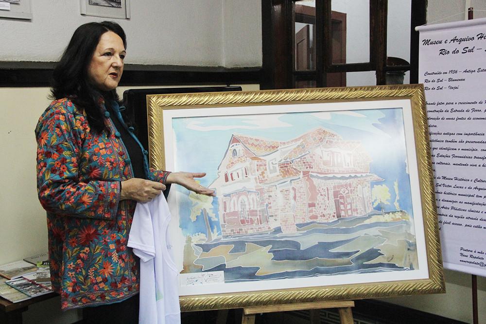 Obra será apresentada dia 4 de março, na Biblioteca Pública Municipal de Rio do Sul