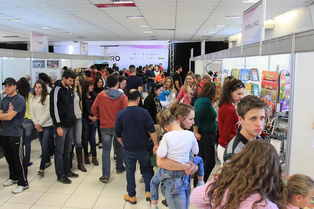 Evento terá 50 atividades artísticas gratuitas até o domingo, dia 18