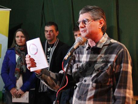 Gariba assina decreto para o Prêmio Nodgi Pellizzetti de Incentivo à Cultura de 2016