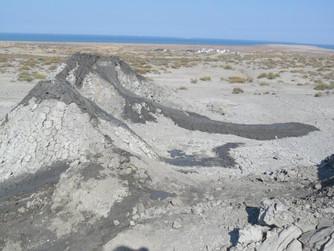 Azerbajdžán 2013 – tradiční či netradiční výlet?