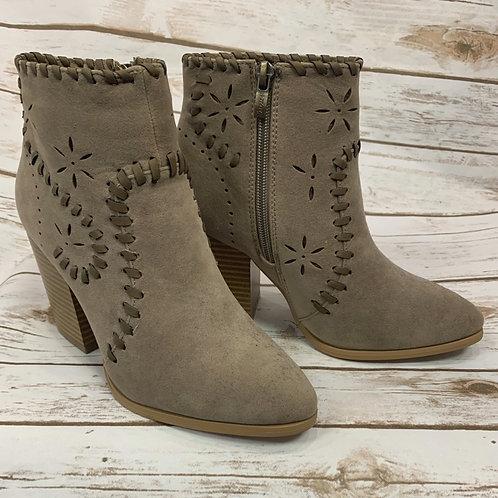 Bone stitch boots