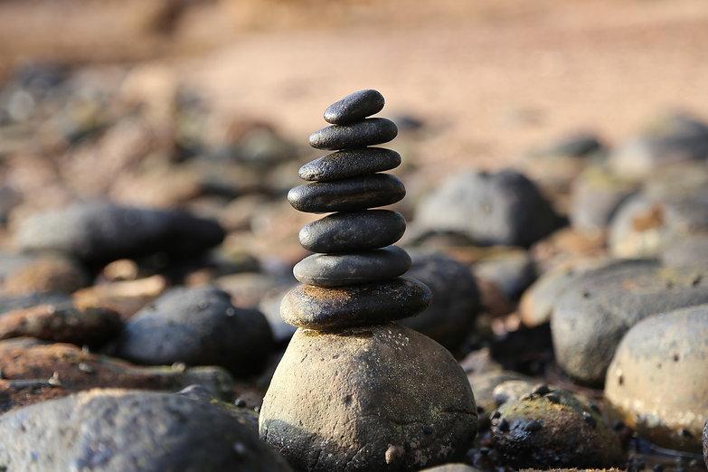stones-2082936_1920.jpg