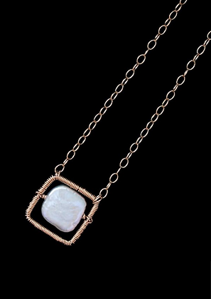 Square Spot Necklace - 14k Gold Fill