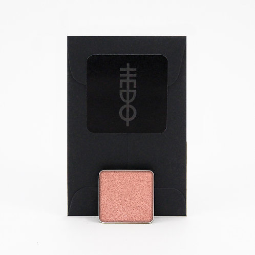 Metallic Eyeshadow: Sweetpea