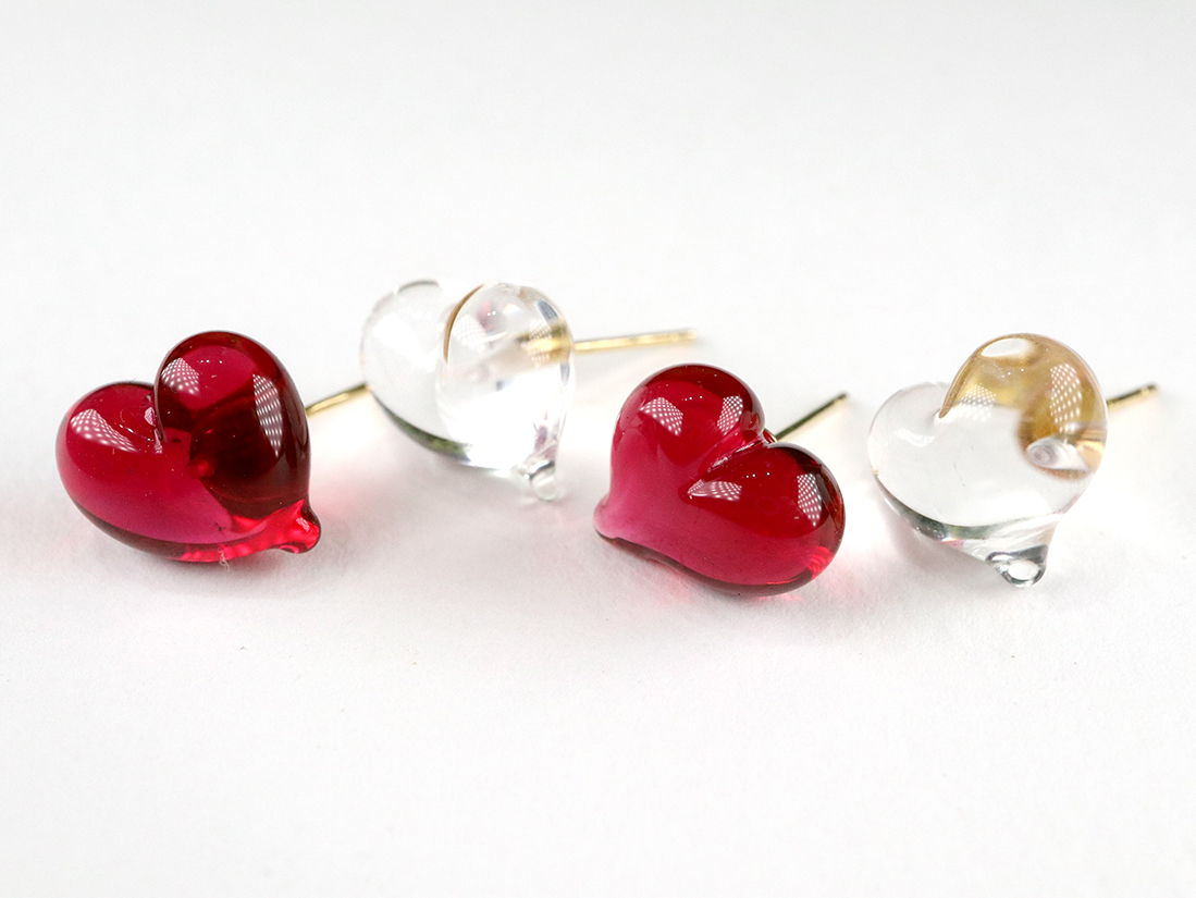 CUORE stud earrings - Clean & Red