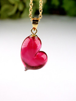 CUORE necklace - Ruby red