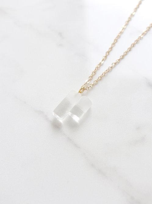 ORA necklace - Clean