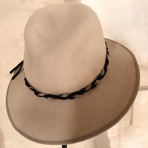 fedora hoed beige