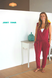 Estúdio Just Yoga - Tradi