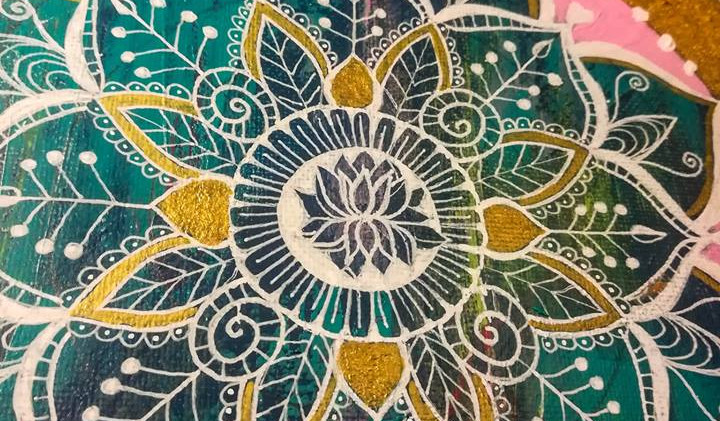 Mandala pintada e personalizada 5.jpg