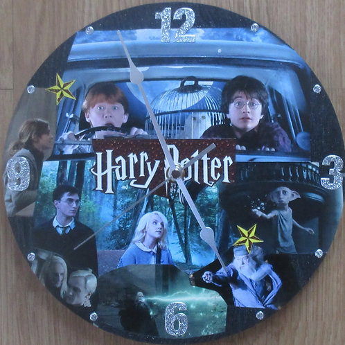 Harry Potter - Wall Clock - Ron & Harry in car