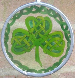 Celtic Knot Shamrock with knot border - small