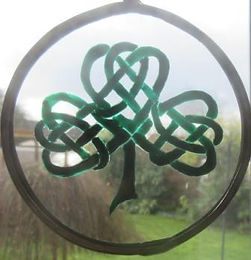 Celtic Knot Shamrock in emerald - small