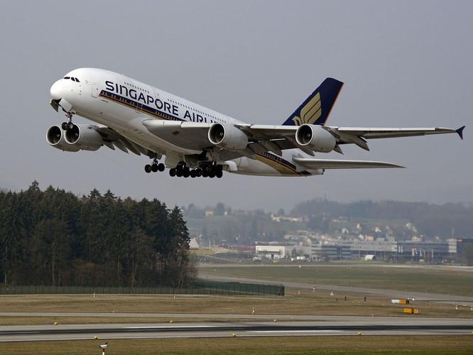 Singapore Airlines.jpg