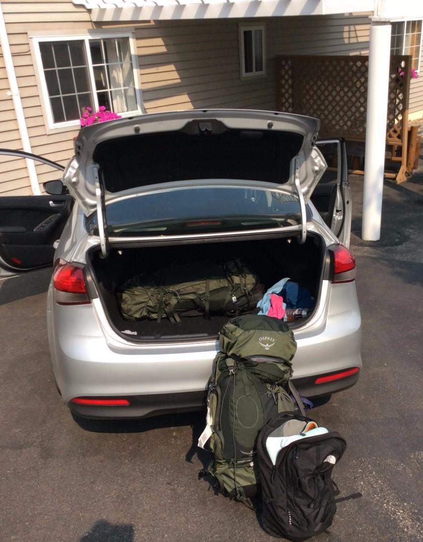 Travel blog - backpackers bag