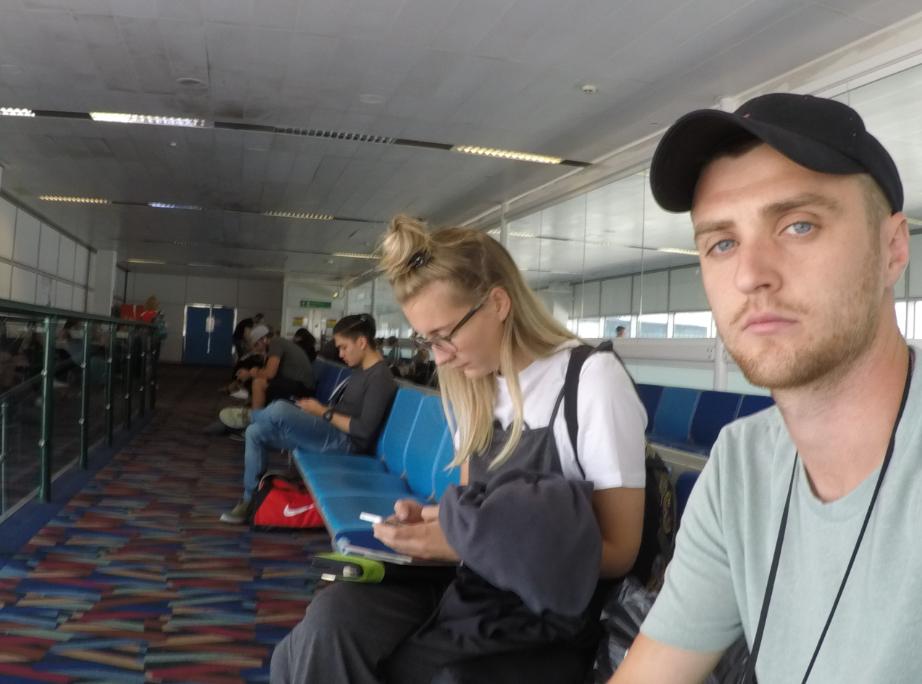 Travel blog - Gatwick airport