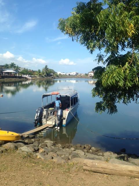Travel blog - Fiji boat