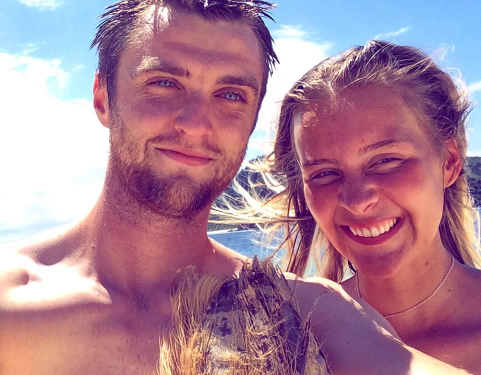 Together we travel, travel bloggers - Mana Island Fiji