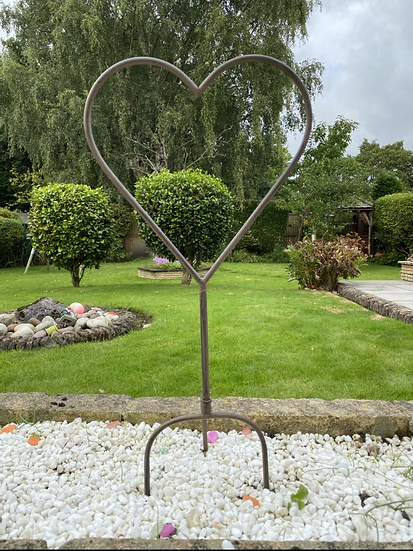 Garden Heart Stake