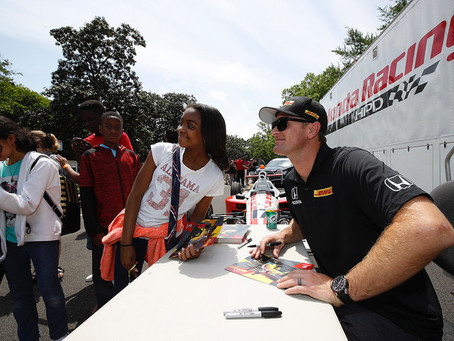 Ryan Hunter-Reay delivers stirring message to students at Honda STEAM Connections Tour