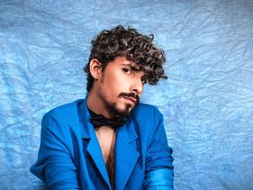 CONHEÇA + ENTREVISTA: Pedro Rhuas alia uma experiência sonora e visual à criticidade