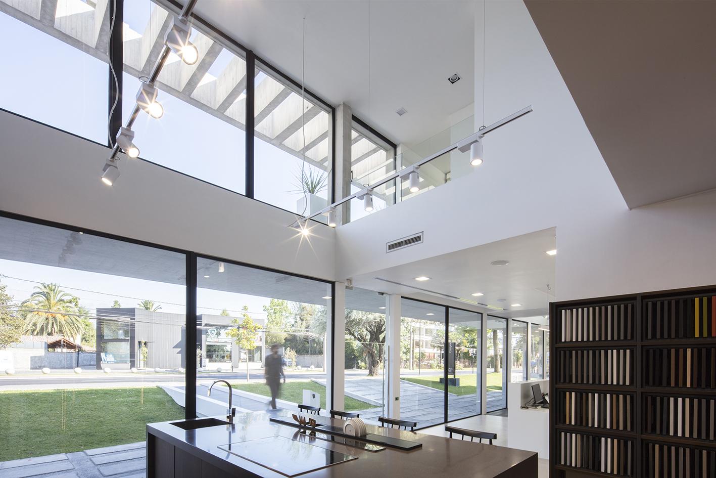 العمارة الخارجیة للمحلات التجاریة