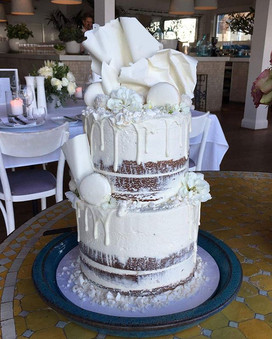 Nice day for a white wedding! _Lovely semi naked cake for Lenny and Lisa.jpg