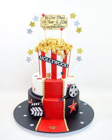 _ HOLLYWOOD __Fun year 6 graduation cake