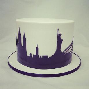 #cakeladycakes  #silhouette #newyork #wedding