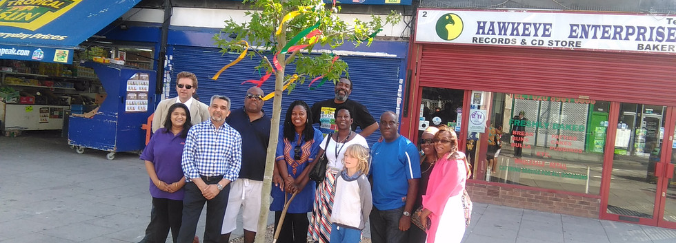Reggae Tree with Cllr Butt Dawn MP etc.j
