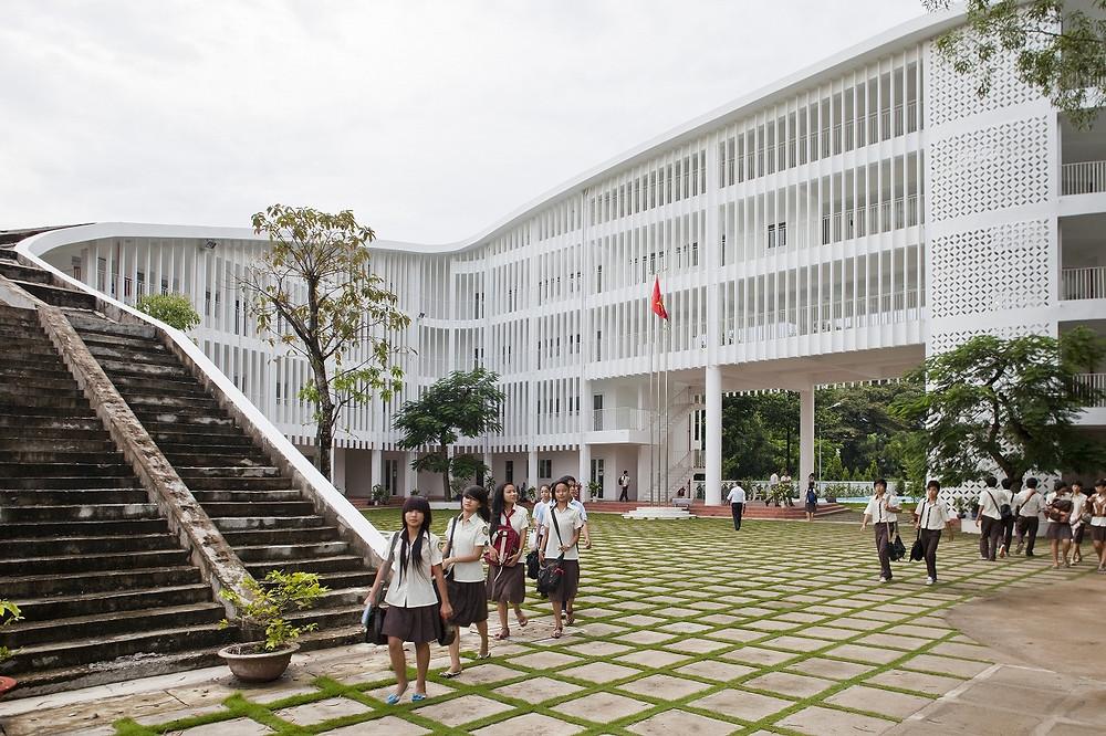 Green Architecture | Binh Duong School