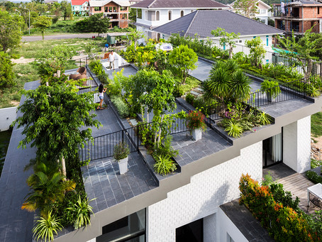 Hoan House: Fitting In a Garden When There Is No Space