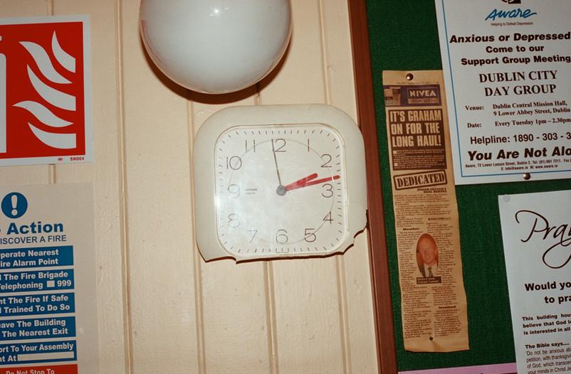 Broken clock, Dublin Central Mission Hall