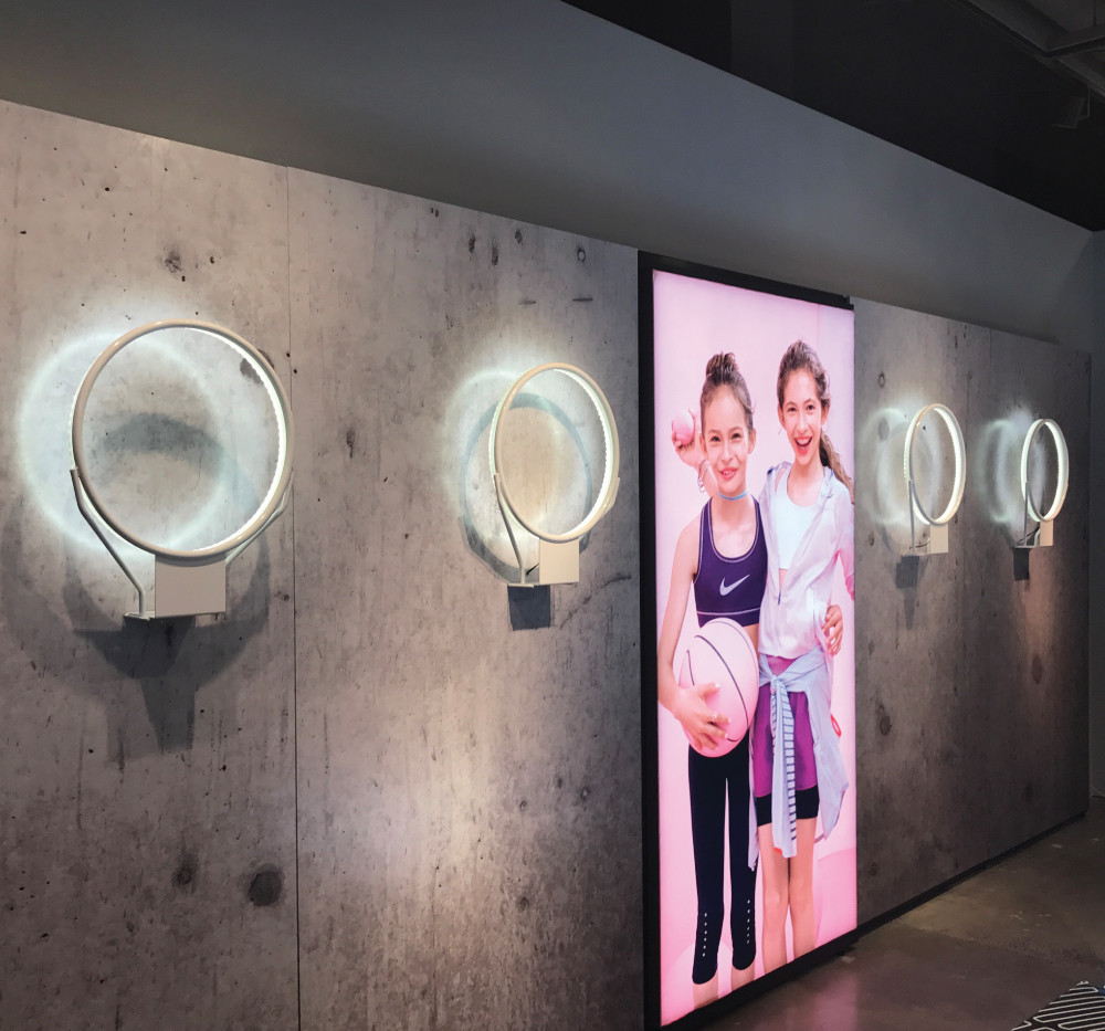 Nike, Lit basketball hoop displays