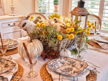 """Incorporating """"Blue Color"""" on a Fall Tablescape"""