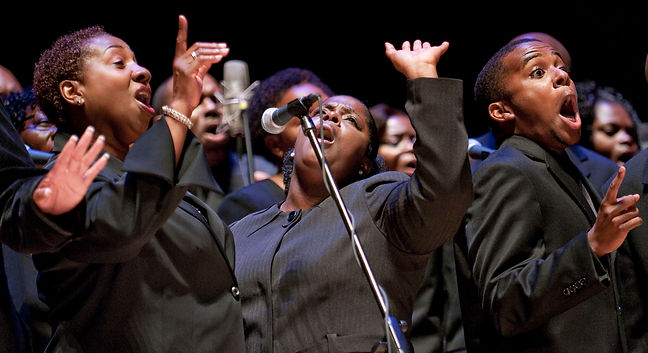 the-voices-of-praise-choir-from-the-beth